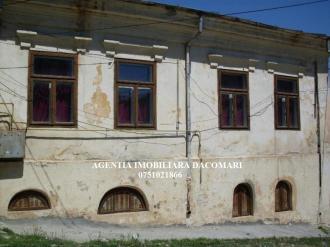 Vila 5 Camere De vanzare
