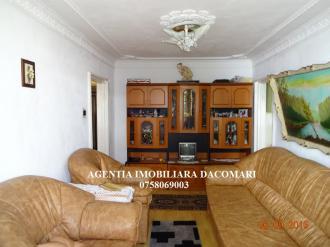 Apartament 4 Camere De vanzare